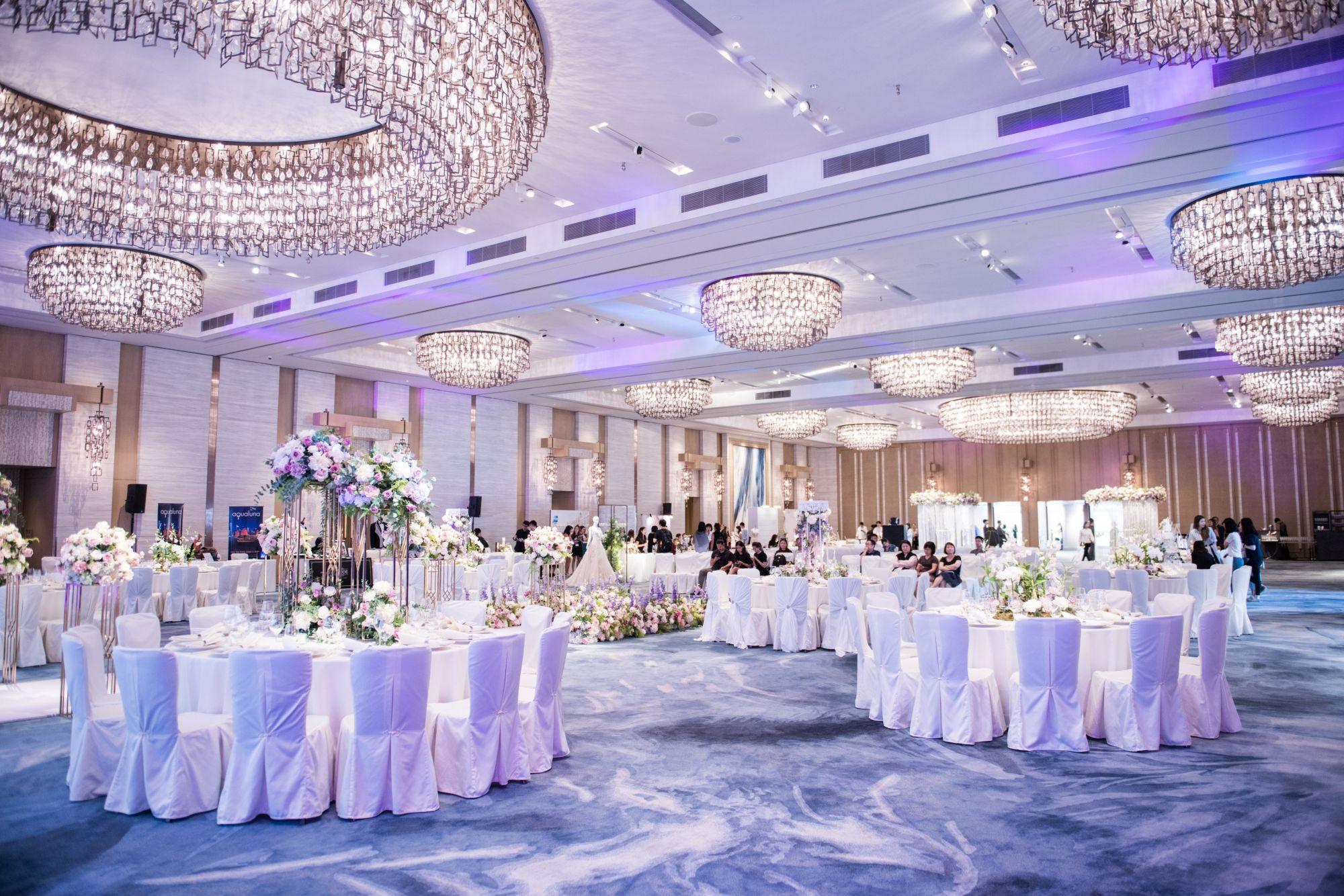 Свадьба в отеле голубой банкетный зал
