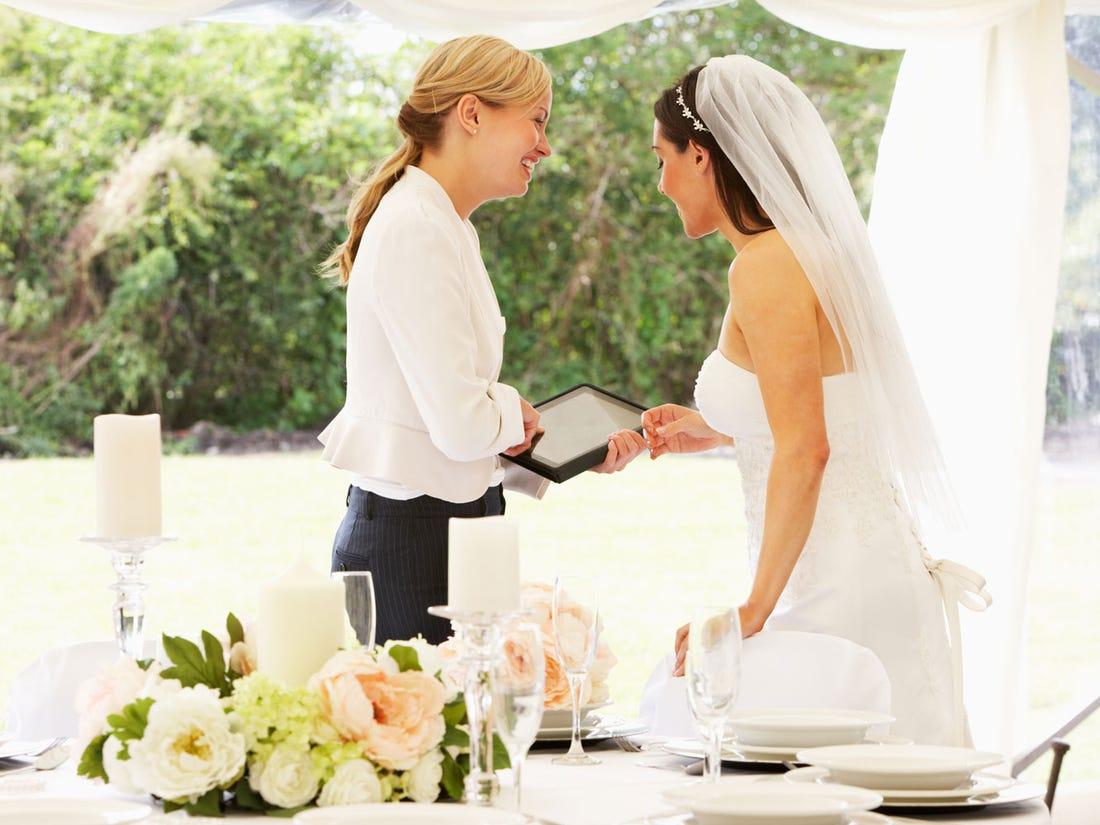 Организатор свадьбы невеста